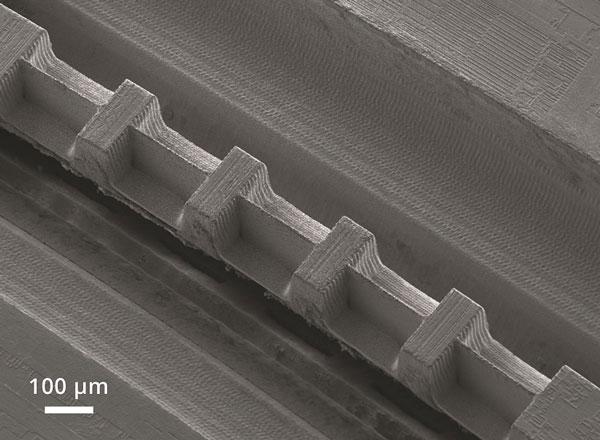 TEM specimen prepared with the sample preparation system microPREP PRO